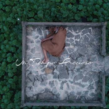 """Portada """"Un tiempo precioso"""" de Miki Molina"""