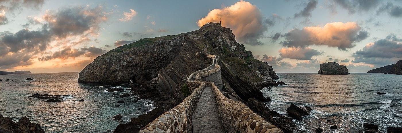San Juan de Gaztelugache, lugar en el que se rodó una escena de Juego de Tronos.
